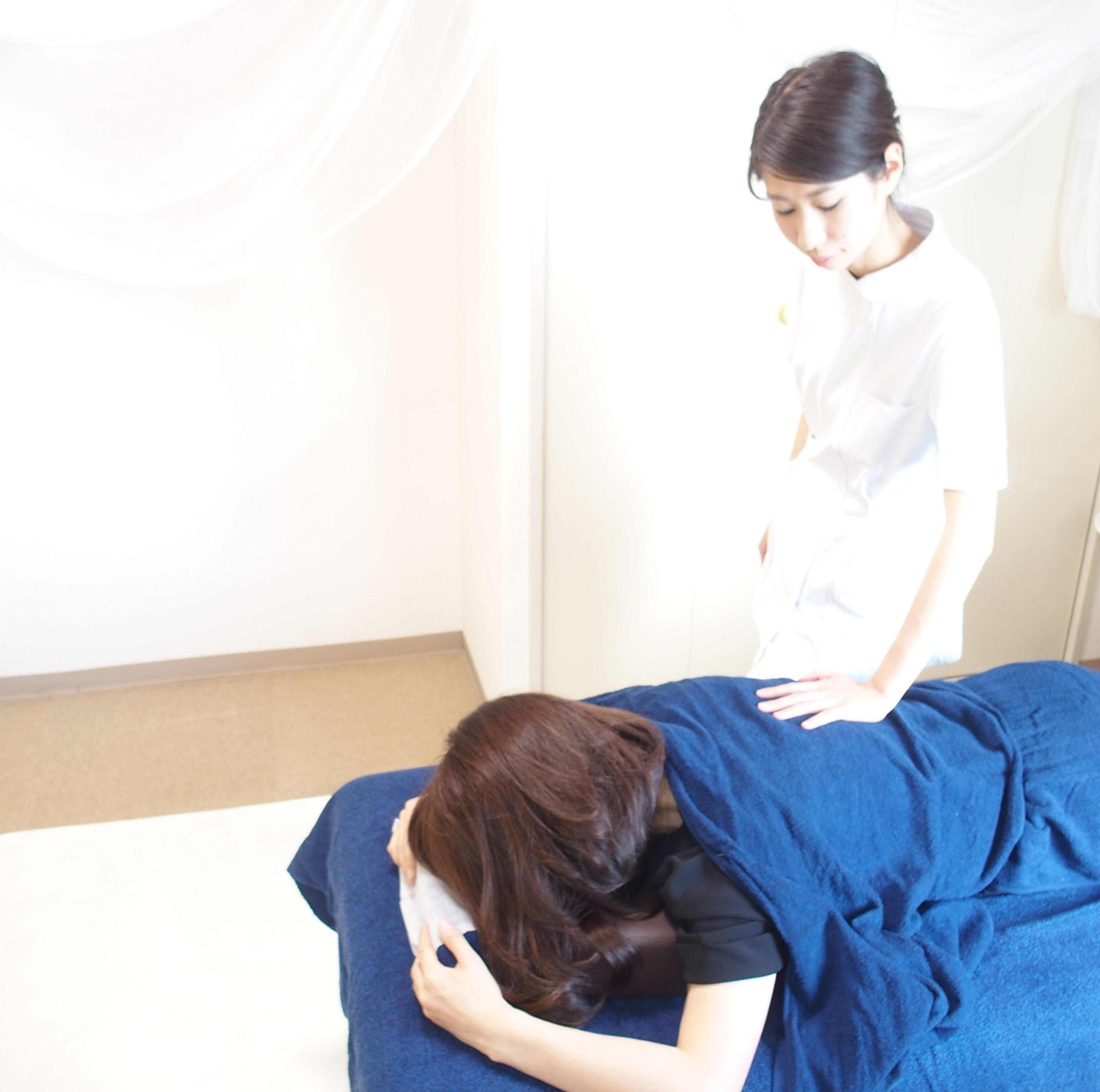 女性鍼灸師による鍼灸・整体・美容鍼【鍼灸治療院ASSA】癒されながら美しく。もっと自分らしく輝く女性に